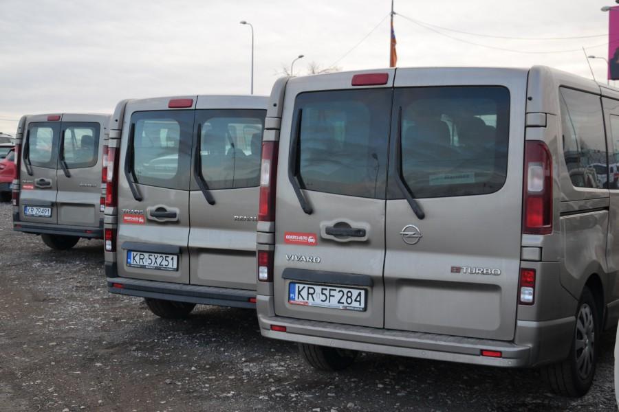Zaawansowane Opel Vivaro bus 9 osobowy - Wypożyczalnia samochodów Kraków DN86